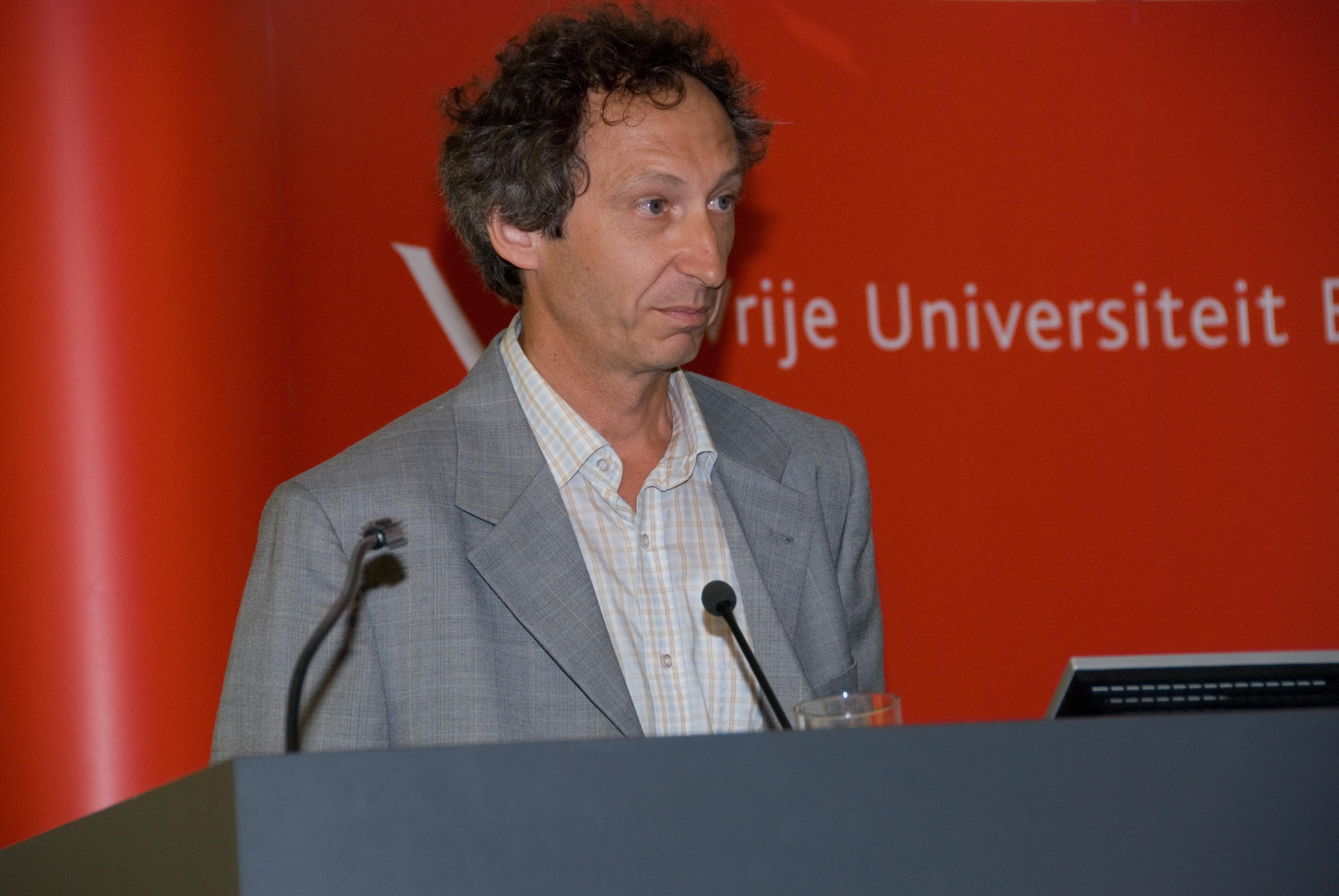 Luc Bouwens